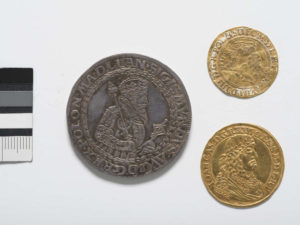 Golden coin of Jan Kazimierz, the king of Poland, project of Daniel Lesse, 1658.
